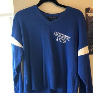 Abercrombie &Fitch long  sleeve v-neck